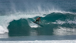 Danas-Macijauskas-sony-RX10M4-surfer-riding-a-tall-wave