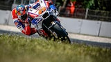 alex-farinelli-sony-alpha-9-motorcyclist-approaches-corner-at-high-speed